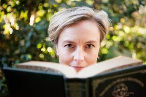 Photo of Davina Borrow-Jones